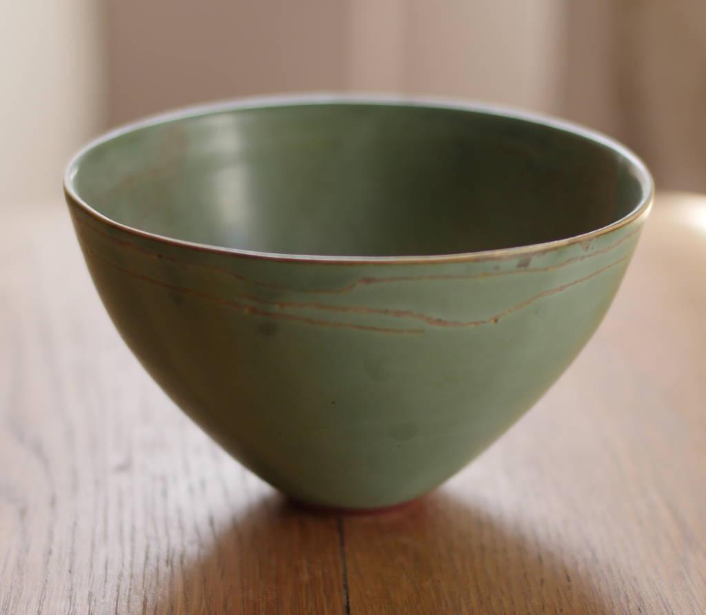 Grand bol ou saladier en grès, céramique faite main