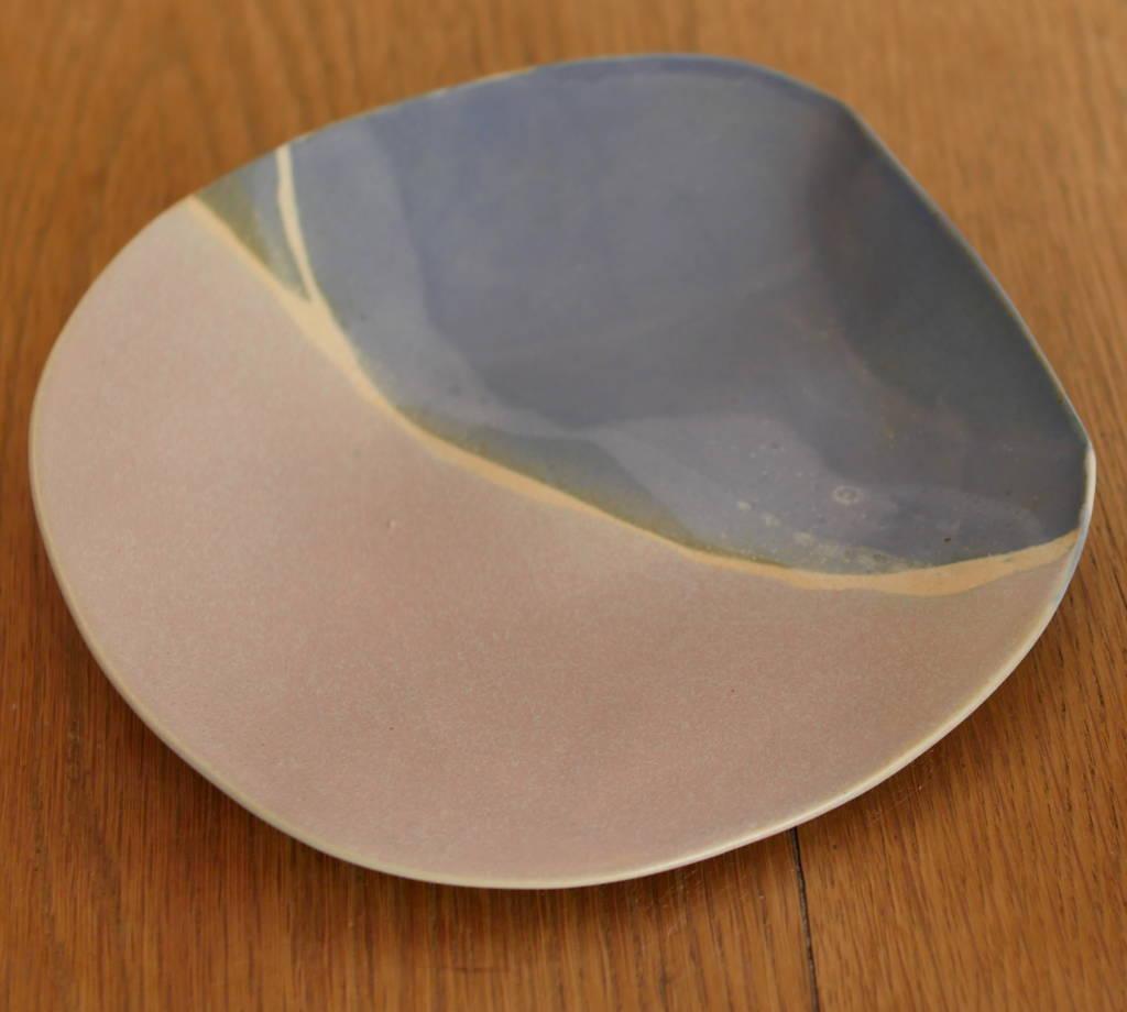 Assiette en grès faite main céramique unique